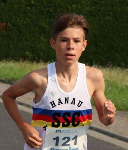 Kreisrekord über 2000m für Tristan Kaufhold